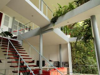 Casa Elsa- Ocean View Home! Walk to the beach!!, Manuel Antonio National Park