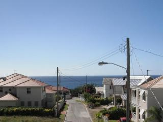 1 bedroom apt 5 mins walk to beach - sea view!, Prospect