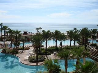 4th floorunit  beautiful beach/pool views, Panama City Beach