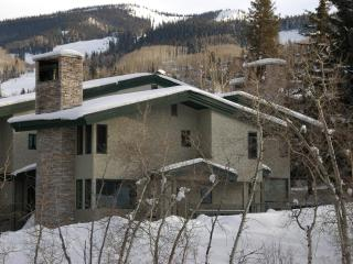 Slopeside 2BR/2BA Tamarack Townhouse, Snowmass Village
