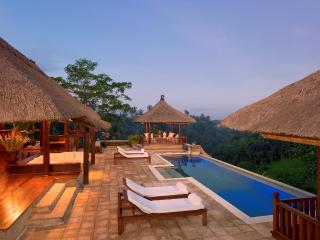 Villa Santai - Luxury 4 Bedroom - Dramatic Vistas, Ubud