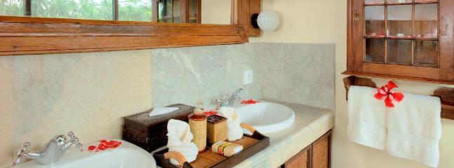 Villa Bathroom Dual Sink Area in Villa King Bedroom 3