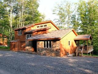 Maximize your vacation experience in this beautiful single mountain home., Vallée de Canaan