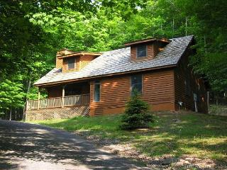 Perfectly private pet-friendly mountain home has all the comforts of home., Canaan Valley