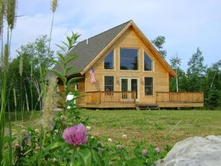 Moosehead Lake Post & Beam Getaway, Rockwood