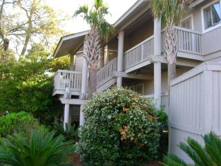 WILD DUNES - 2 bd. Oh-So-Cozy-King Bed WIFI, pool, Isle of Palms