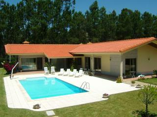 Large 3 bdr Villa in Esposende 45km from Porto