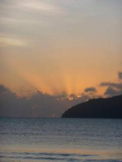 sunrise over dunk island