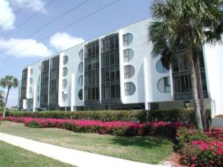 Grandview Condo--*Walk to the Beach*Cheap Rates*!, Isla Marco