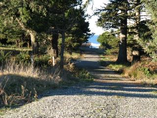 5 min. Walking Path on Beautiful Trail  to Beach - see the waves!!