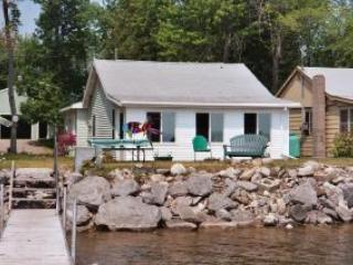 Lakeside Getaway on Black Lake, Onaway