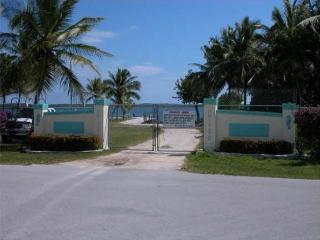Secure Entrace to Private Community Beach