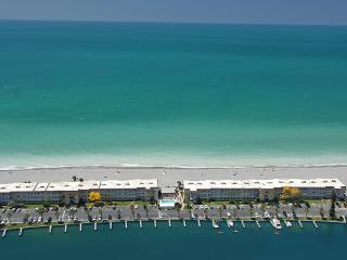 Siesta Key 2-BR - Direct Gulf Front - Turtle Beach