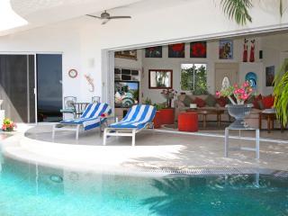 Beautiful Villa Paloma Blanca with  HEATED POOL  in San Jose Del Cabo