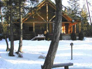 Beautiful Affordable BIG Custom Built Log Home, Whitefish
