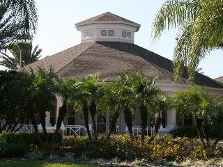 Luxury 3 Bedroom Condo at Windsor Palms Resort with a Pool and Balcony, Kissimmee