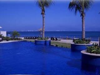 Amura 1. Luxury 3 bedroom 2 bath Vacation rental