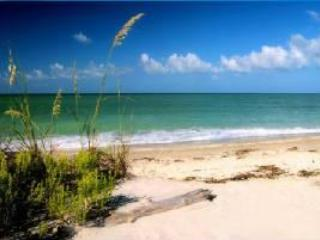 Tropical Beach Front Condo, Sanibel Island