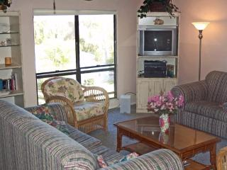 Secluded Sanibel condo with beach, pool, Sanibel Island