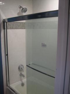 2nd Bath Shower