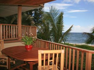 Hale Kepuhi - Beachfront Paradise in Haena, Kauai