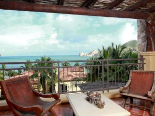 Oceanfront, Resort Amenities, Gourmet Kitchen, Steps to Beach & Downtown!, Cabo San Lucas