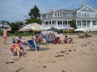 Ennis Cottage with private beach on Branford shore