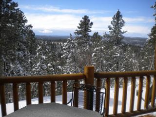 gorgeous 30 mile view into Wyoming of the decks