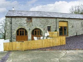 THE STABLES, romantic, luxury holiday cottage, with hot tub in Llandysul, Ref