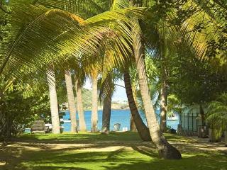 Charming island style bungalow with short walk to St. Jean beach WV CAP, São Bartolomeu