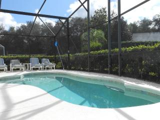 Beautiful 4 BD/ 3 BR room Disney area pool home, Davenport