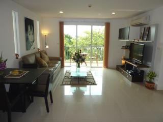 The Silk - Nice 2 Bed 2 Bath Condo central Bangkok