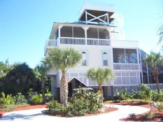 Beach Home w/ Screened In Pool, Hot Tub, Elevator, Captiva Island