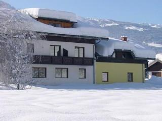 A welcoming 8 bedroomed chalet, Nassfeld Austria