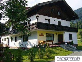A welcoming 8 bedroomed chalet, Nassfeld Austria