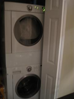 Both The Loft and The Cottage have Washer/Dryer, AC/Heat, WiFi, HD Cable w/HBO