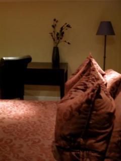 The Loft, Master Bedroom plenty of pillows!