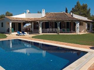 4 bdr luxury villa salted pool next Portimao