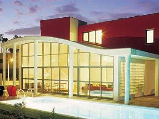 3bdr luxury golf villa pool,Air C 30km from Lisbon
