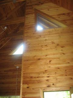 www.blueridgeparkwaycabinrentals.com High Ceilings
