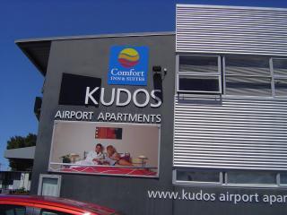 Spacious 2 Bedroom  Suite near Auckland Airport, Auckland Region
