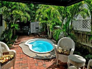 Historic Monthly Rental w/ Private 'Plunge' Pool Just 1 Block To Duval, Key West