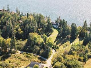 Aldernest Cottage (Loft) 'quiet' side of Mount Desert Island/Acadia Nat'l Park