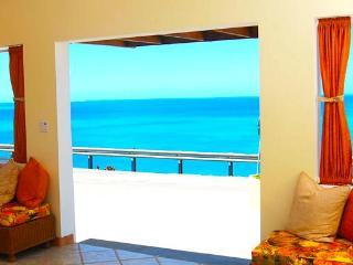 La Vue Bed & Breakfast Suites - Anguilla