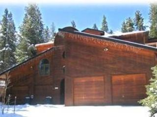 LARGE IN-TOWN HOME. HOT TUB, SAUNA, POOL TABLE,, Breckenridge