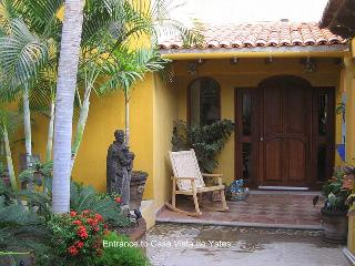 A warm mexican welcome invites you into Casa Vista de Yates