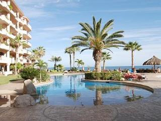 2,200sf Luxury Beachfront Condo- Special-$175/nt, San Jose del Cabo