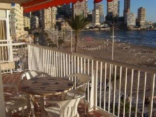 Levante Beach Front Line - 2-bedroom apartment, Benidorm