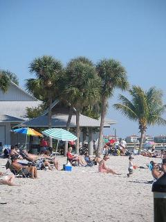 Cape Coral Beach has picnic tables, park benches and rest rooms.