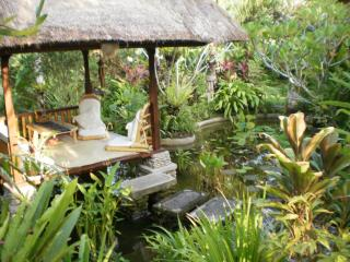 Beautiful property in quiet Balinese ricefields., Ubud